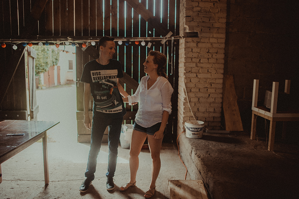 ślub na wsi stodoła przygotowania