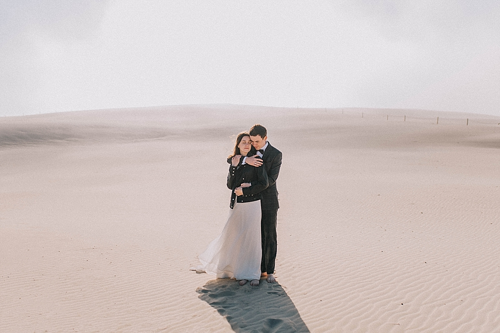 sesja ślubna na wydmach łeba piasek