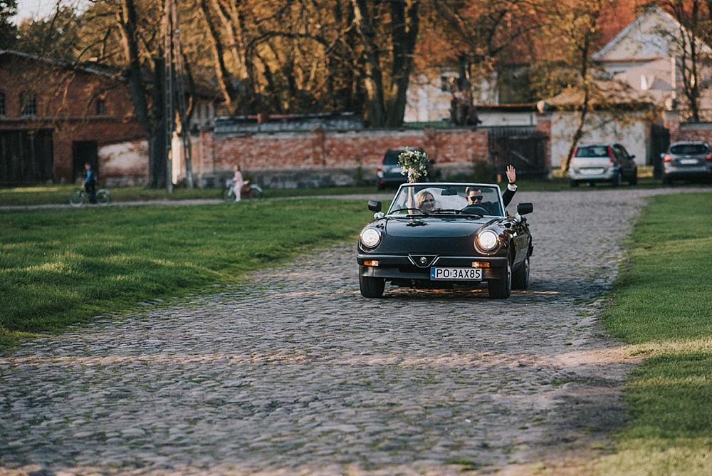 folwark wąsowo wrzesień jesień stare auto