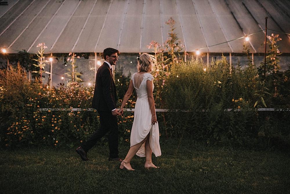 wesele stara oranżeria nocą