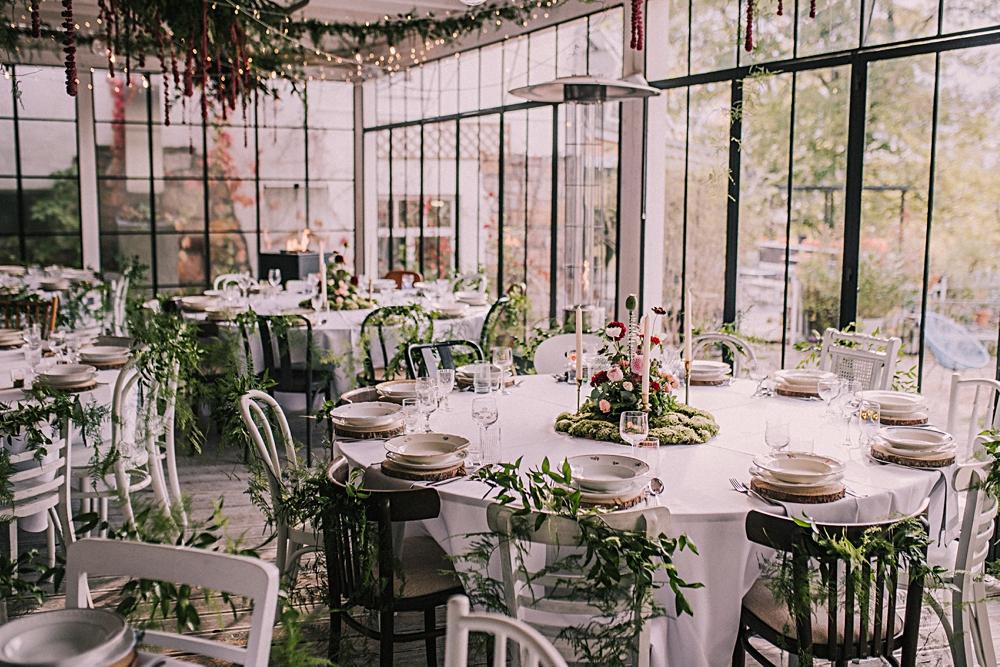 polna zdrój jesienny ślub sabada dekoruje leśne dekoracje