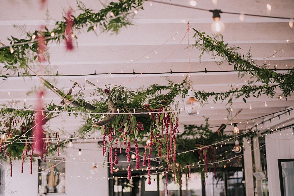 polna zdrój jesienny ślub sabada leśne dekoracje szarłat