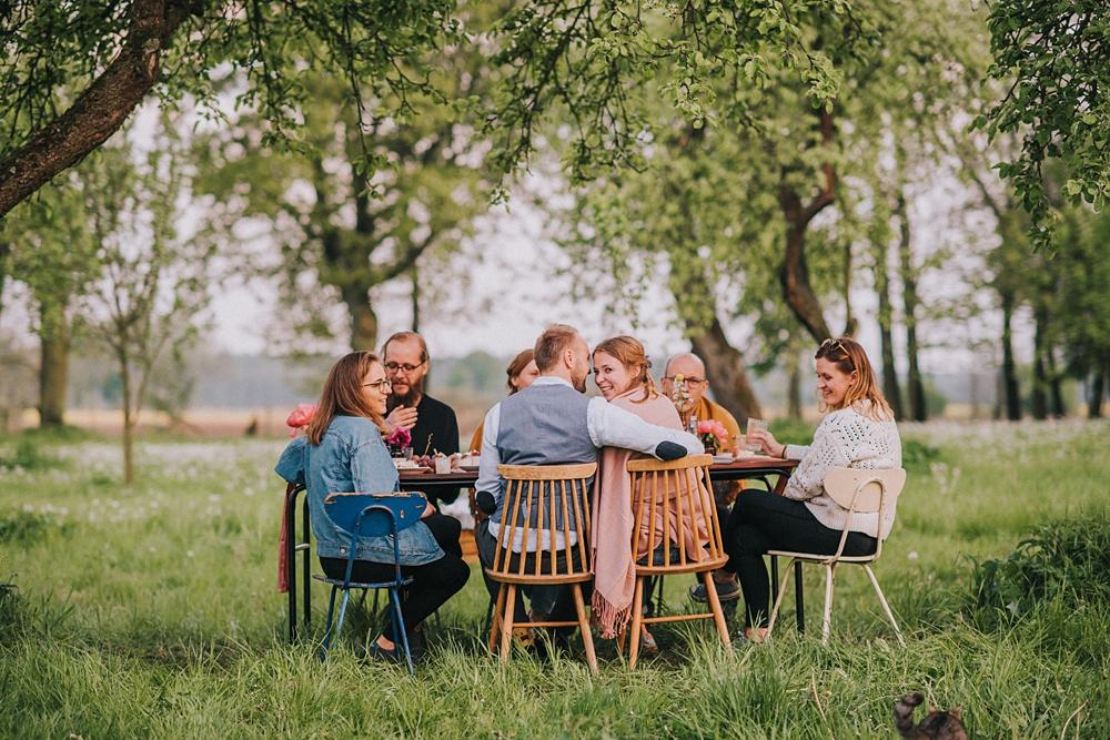 ceglarnia garden party ślub w ogrodzie