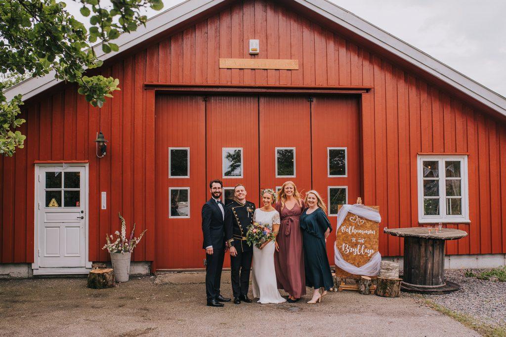skandynawski ślub na wyspie w norwegii