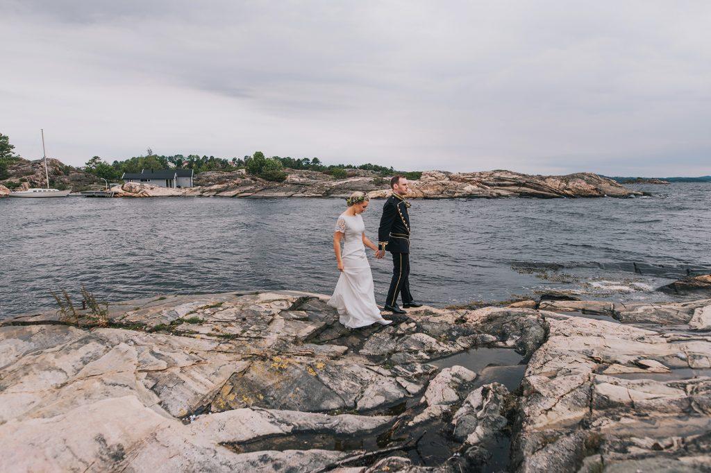skandynawski ślub w norwegii plener nad morzem