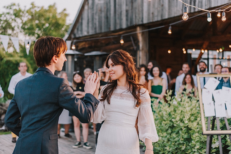 wesele w folwarku ruchenka pierwszy taniec stodoła